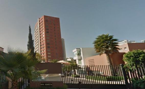 Departamento De 3 Recamaras En La Colonia Hda. De Las Palmas
