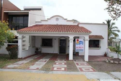 Casa En Venta Ciudad Del Carmen - Residencial Del Lago