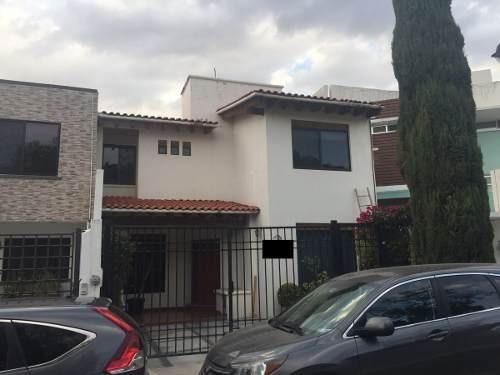 Jmc/ Bonita Casa En Privada Y A 5 Min De Plaza Del Parque