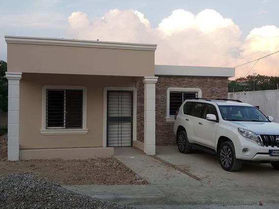 Hermoso Proyecto De Casas En El Km 17 De La Autopista Duarte