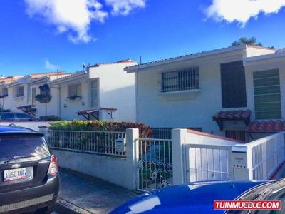 Townhouses En Venta Los Naranjos 18-2807