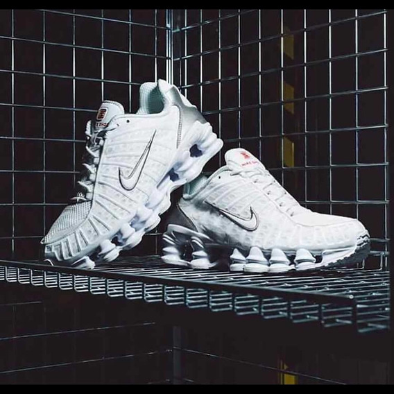 Nike 12 Molas