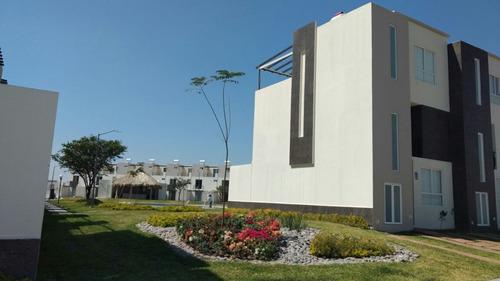 Imagen 1 de 14 de Venta De  Casa Con La Mejor Plusvalía Alberca Y Roof Garden