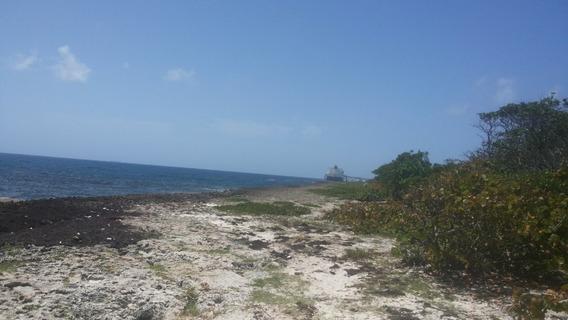 Solar En Boca Chica Puerto Multinacional Puerto Caucedo