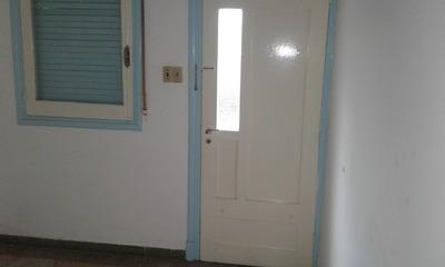 Alquiler Apto 1 Dormitorio En Montevideo, Cerrito
