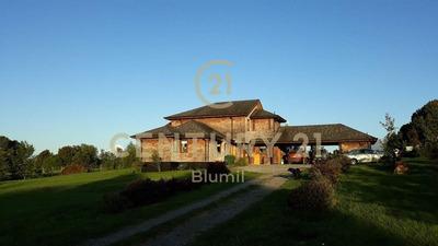 Hermosa Casa En Parcela, Espacios Amplios Y Luminosos Mir...