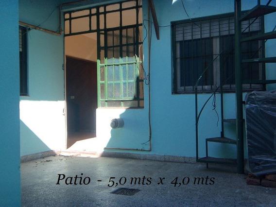 Ph Tipo Casa De 3 Amb. Patio Y Terraza