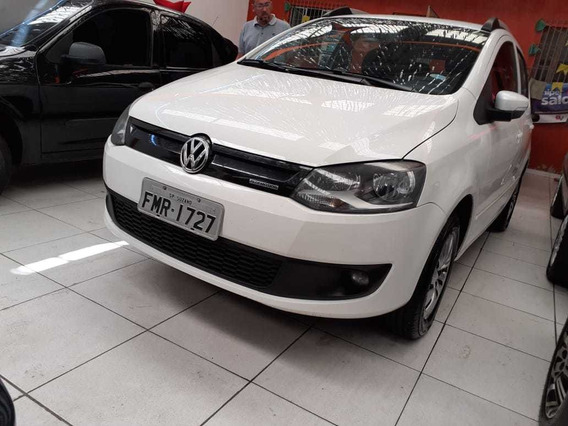Volkswagen Fox 1.0 12v Bluemotion Total Flex 5p 2014