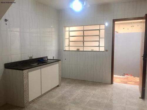 Vendo Sobrado (área Útil 85m²) No Bairro Dos Casa. Aceito Permuta. 2 Dormitórios, 2 Banheiros, Portão Automático. R$ 375 Mil - So00179 - 69338174