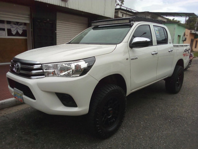 Toyota Hilux 2016 Sincronica 4x4 Trd