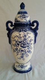 Potiche Em Porcelana Altura 63 Cm