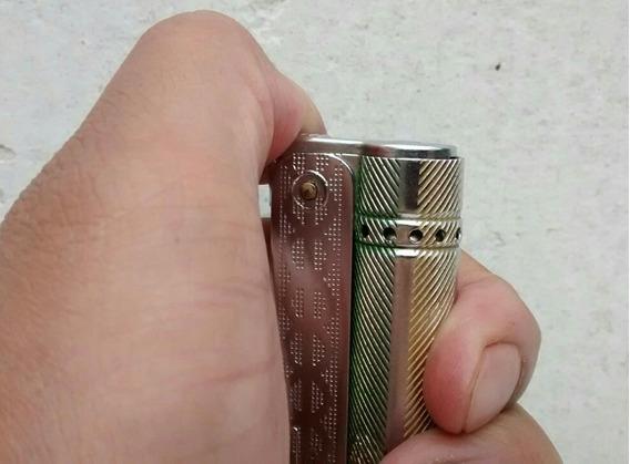 Combo De Encendedor Tipo Carusita Y Blister De Piedras