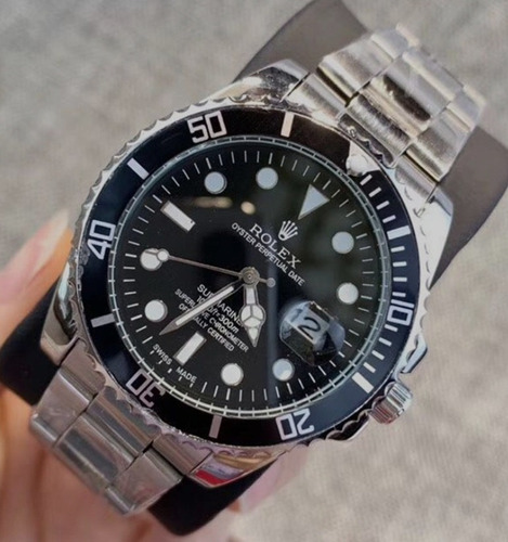 Relógio Masculino Pulseira Prata Fundo Preto - Importado