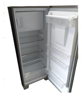 Refrigeradora Frigidaire 9