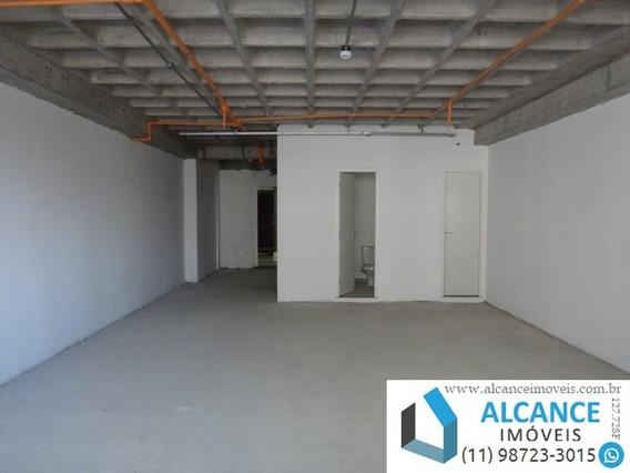 Sala Comercial Com 67,98 M² De Área Com 1 Banheiro E 2 Vagas No Edifício Montreal Em Alphaville. - Sa00047 - 34787091