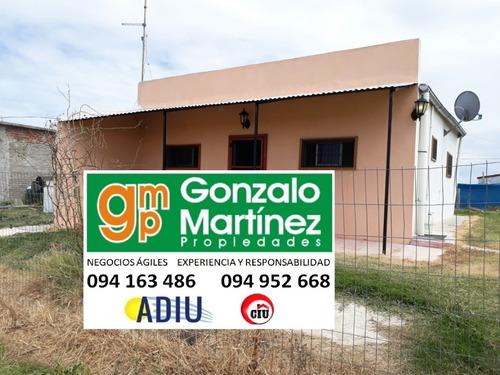 Alquiler De Casa Muy Prolija Con 1 Dormitorio Y Amplio Estar