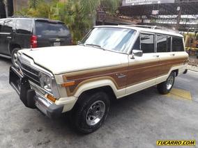 Jeep Wagoneer Classic
