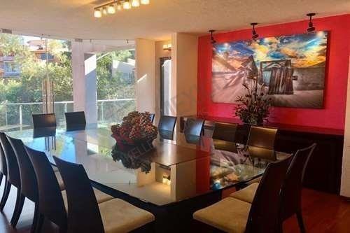 Casa En Venta En Bosques De Las Lomas $31,900,000 ¡oportunidad!