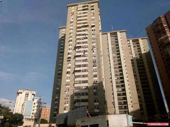 Apartamento Resd. Cantaclaro 19-11536 Jcm 0414-4619929