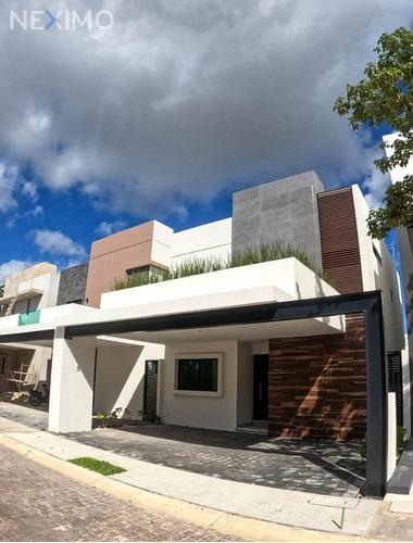 Imagen 1 de 22 de Venta En Casa En Residencial Aqua Cancún