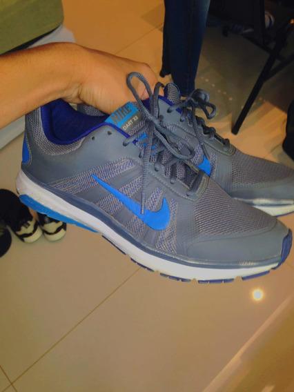 Tênis Esportivo Nike