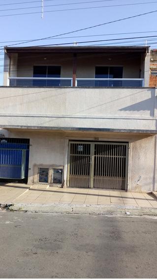Casa Terreno Contendo 06 Casas De Aluguel Jd Aeroporto