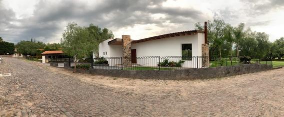 Amplísima Casa De Un Piso En Balvanera Polo & Country Club (gf)