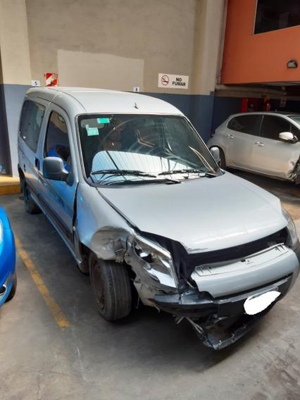 Peugeot Partner Patagonica - Chocada