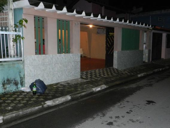 Casa Na Praia De Mongaguá - Sp