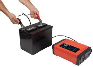 Cargador De Batería Inteligente Black & Decker 12 Amp