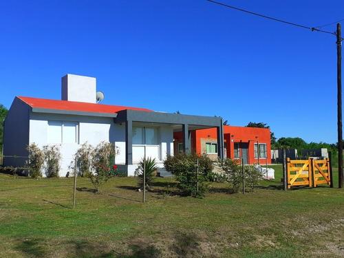 Imagen 1 de 14 de Casa Luz De Luna