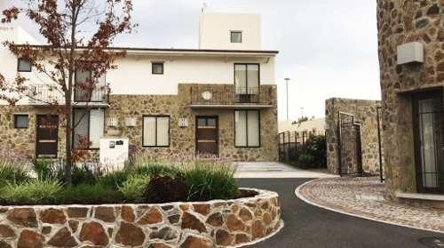 Casa En Renta En Zibatá Querétaro