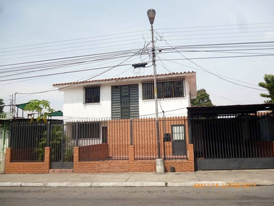 Comoda Y Amplia Casa En Venta, Maracay, Aragua.
