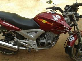 Twister 250 Cor Vermelha