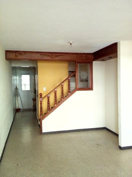 Casa En Renta, Héroes De Tecamac, Sección Bosques