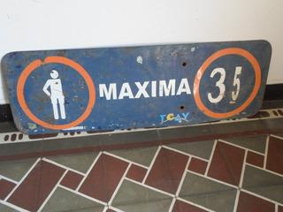 Antiguo Cartel De Señalización De Chapa Pintada Maxima