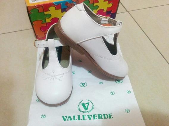 Zapatos Blancos Valle Verde Y Sandalias Junior 25