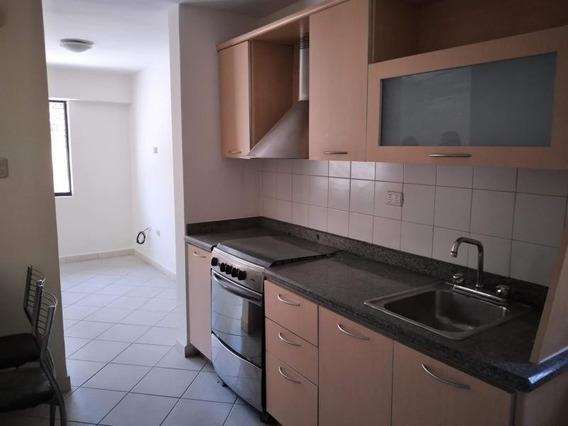 Apartamento En Venta En Altos De Guataparo 20-9691 Ac