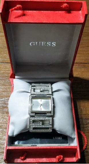 Relógio Feminino Guess Com Swarovski.