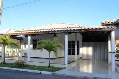 Linda Casa De 200m2 Em Condomínio Fechado