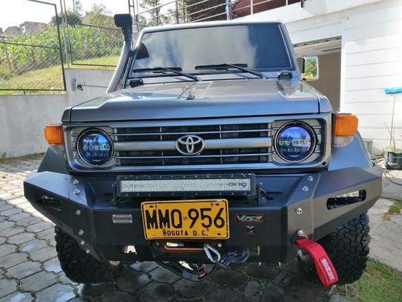 Toyota 2001 Land Cruiser