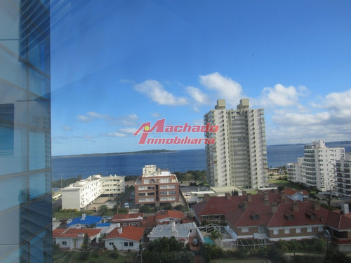 Apartamento En Punta Del Este, Mansa- Ref: 6392