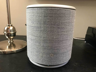 Parlante Bang&olufsen Beoplay M5