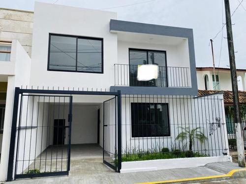 Imagen 1 de 12 de Casa Sola En Venta Villa Verde