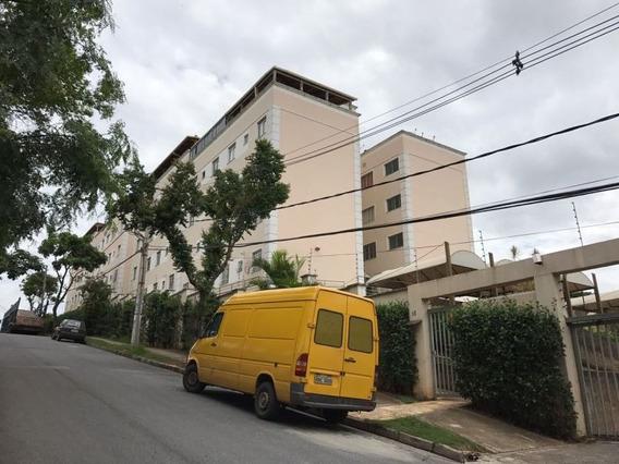 Apartamento 02 Quartos Cabral - 1115