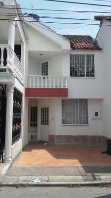 Casas En Arriendo Las Acacias 736-152