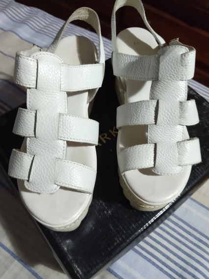 Sandalia Plataforma Sarkany