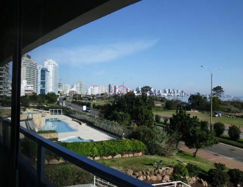 Excelente Apartamento Frente Al Mar En Mansa, Toma Apartamento Como Parte De Pago - Ref: 5261