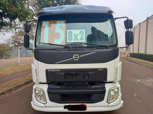 Imagem 1 de 8 de Volvo Vm 270 I-shift Vm 270 8x2 Bitruck