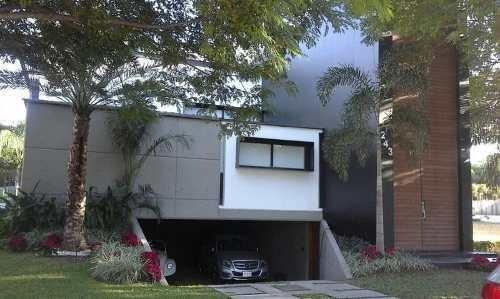 Casa En Venta Ubicada En Barrio San Anselmo, Residencial La Primavera